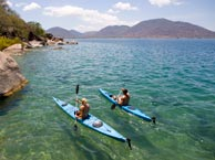 Malawi-Lake-Malawi---Wilderness-Safari_Kayak